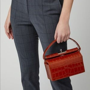 gu_de Milky Large Top Handle Bag
